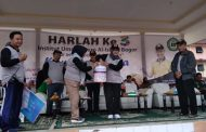Bupati Bogor Bagi-bagi Tiket Umroh di Harlah Ke-3 IUQI Bogor